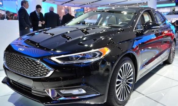2017-Ford-Fusion-Energi-Plug-in-Hybrid-2-1020x610